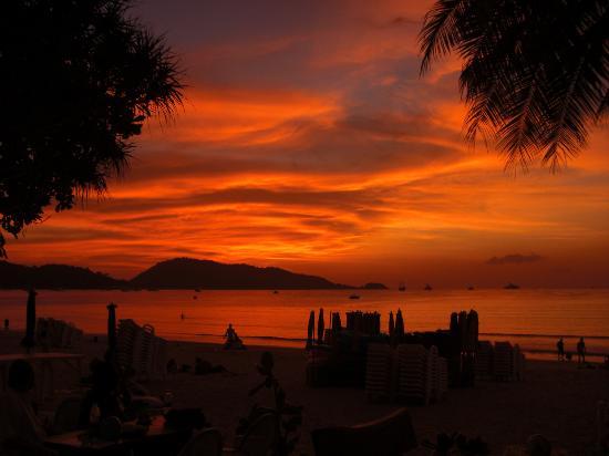 338fc-patong-beach